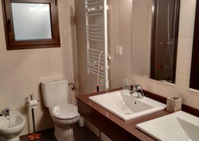 Baño Doble Casa TIta